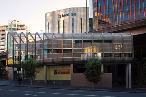 Locker Group's mesh was used as a facade and sunscreen on the Hotel Ibis in Sydney.