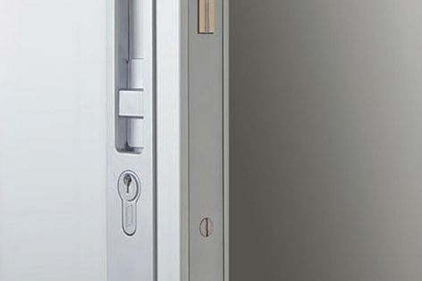 Made of diecast zinc with brass and stainless steel, the HB640 sliding lock is available in a range of finishes.
