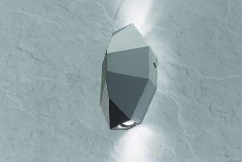 Made of anti-corrosive aluminium alloy, the Fragmenta LED outdoor wall lamp uses high-power LED that illuminates upwards and downwards.
