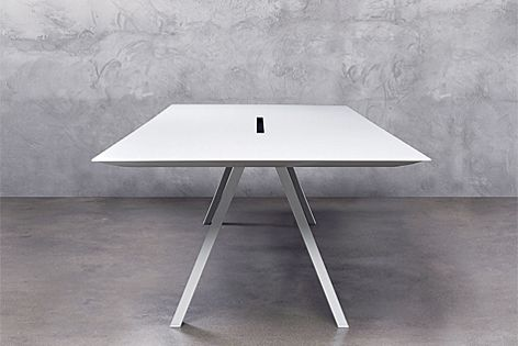 Arki-Table comes in a range of sizes.