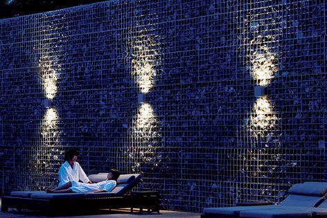 QLS400 wall luminaires
