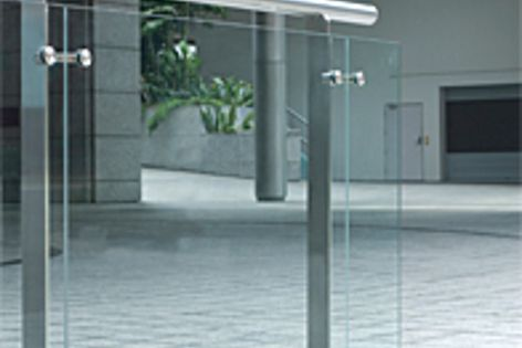 The U-Series range of handrailings and balustrades is made from 316 marine-grade stainless steel.