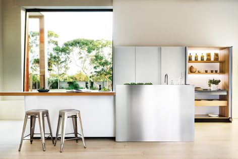 Using Valcucine kitchen elements, Rogerseller works with architects to bring their designs to life.