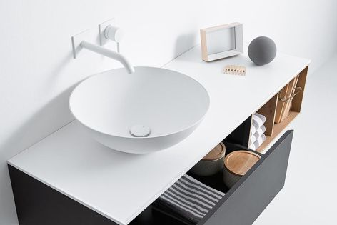 Available from Rogerseller, the Falper Quattro Zero integrated washbasin and cabinets come in a range of combinations and finishes.