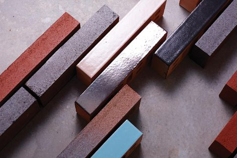 The slender proportions of Linear bricks allow architects to create distinct designs.