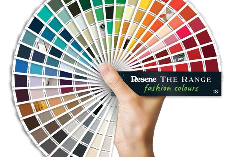 The Range 2018 fashion colours fandeck provides a palette for the 2017 and 2018 seasons.