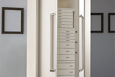 Strong lines & contemporary design characterize the safes & fine jewellery furniture from Agresti.