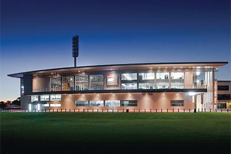 Bondor Equitilt insulated panels were used at AAMI Stadium.