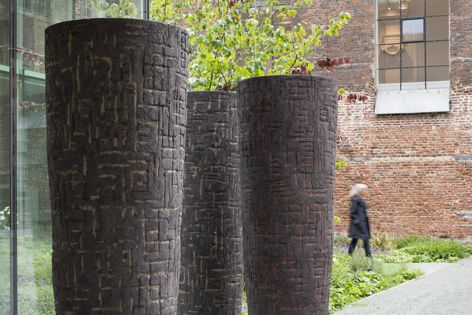 The sculptural forms by Atelier Vierkant include unique large-scale planters.
