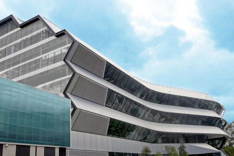 SBS Group designed and manufactured the cantilevered eyebrow facade for Monash University's Green Chemical Futures facility by Lyons Architecture.