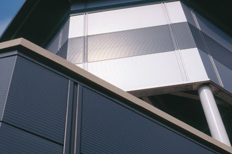 The Kingspan KS1000 architectural wall panel offers an attractive facade with the functionality of in-built insulation.