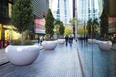 Concrete urban furniture by Bellitalia