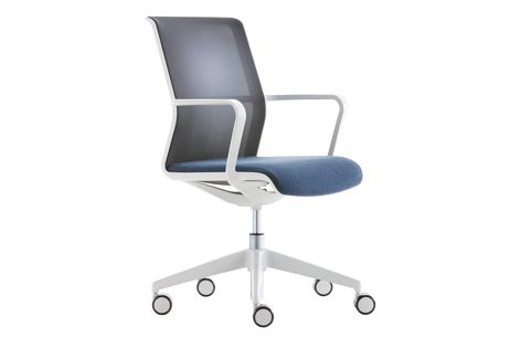 The Circo chair from Zenith Interiors features a minimalist height-adjustment  and pivot mechanism.