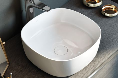 The Inspira basins are available in Square, Soft and Round versions.
