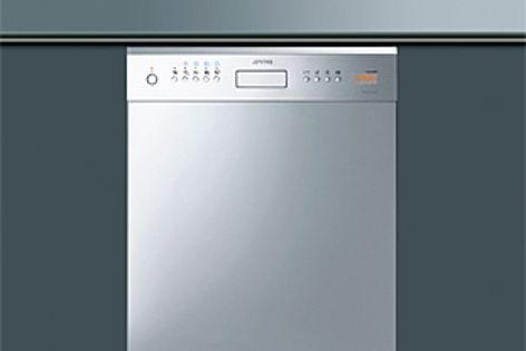 The Smeg DWAUP364X Semi Pro domestic dishwasher is highly efficient.