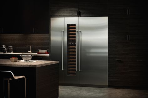 Sub-Zero's beautiful new integrated wine preservation units come in four widths – 46 cm, 61 cm, 67 cm and 76 cm.