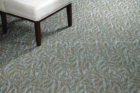 A fresh focus on traditional motifs: Classics II carpet in Kipling II.