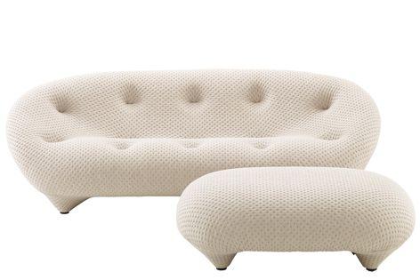 The Ligne Roset Ploum Small Low-Back Love Seat measures 170 cm wide by 94 cm deep.