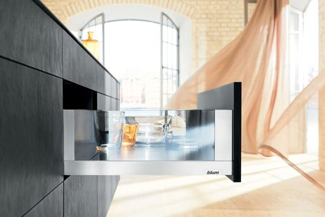 LEGRABOX free offers an extensive range of design elements in various materials.
