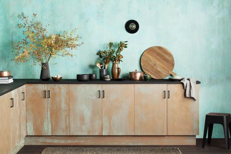 The Oxidising Patina finish, part of the Metallics range.