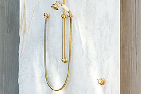 Brass showers won't lose functionality when used outdoors and exposed to the elements.