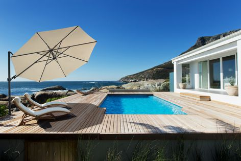 Caravita's Easy Flap system is designed to make opening and closing the octagonal Belvedere umbrella safe and simple.