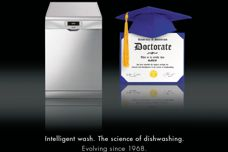 Intelligent dishwashing by Smeg
